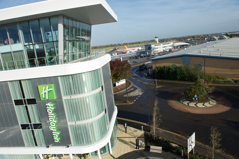 Holiday Inn Southend-Hotel is a two minute walk from London Southend Airport terminal<br/>Image from Leonardo