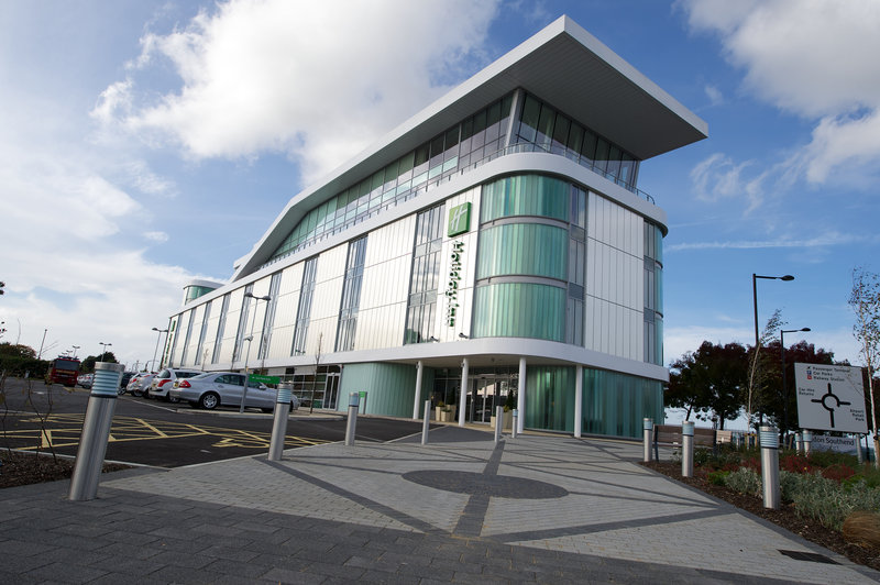Holiday Inn Southend-On site car parking available <br/>Image from Leonardo