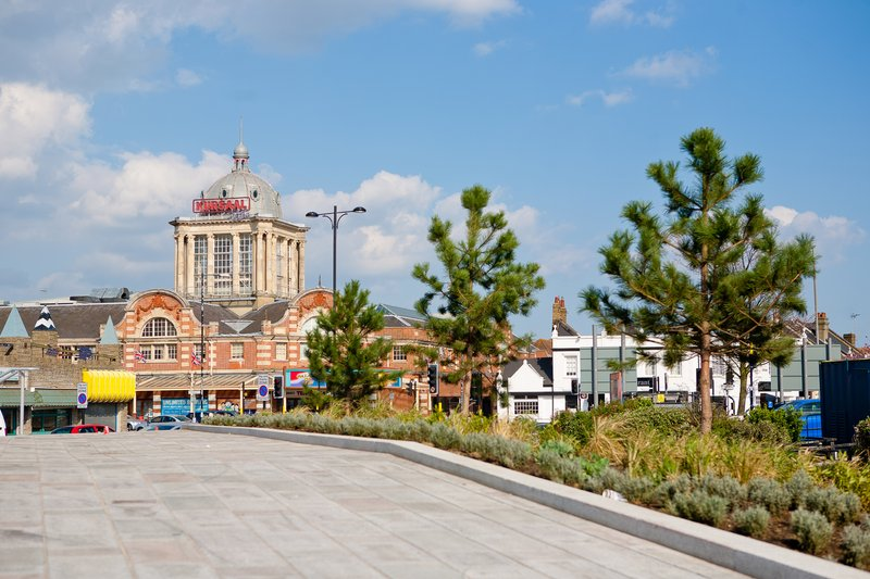 Holiday Inn Southend-The Kursaal in Southend<br/>Image from Leonardo
