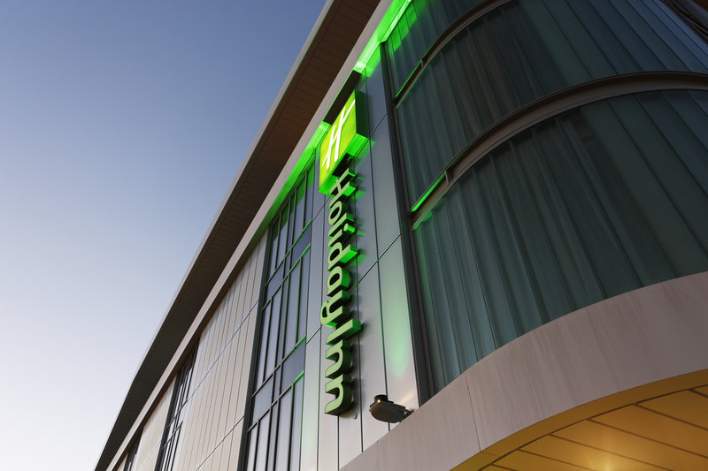Holiday Inn Southend-Hotel Exterior Southend<br/>Image from Leonardo