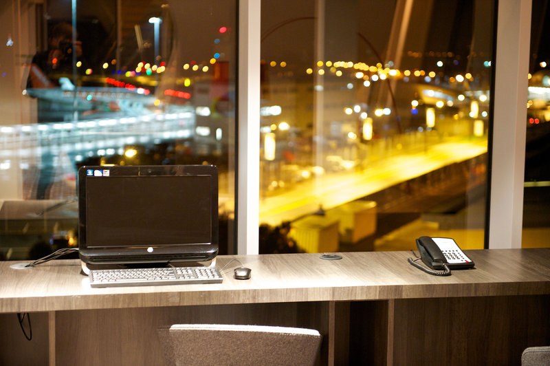 Holiday Inn Southend-4th Floor Business Centre<br/>Image from Leonardo