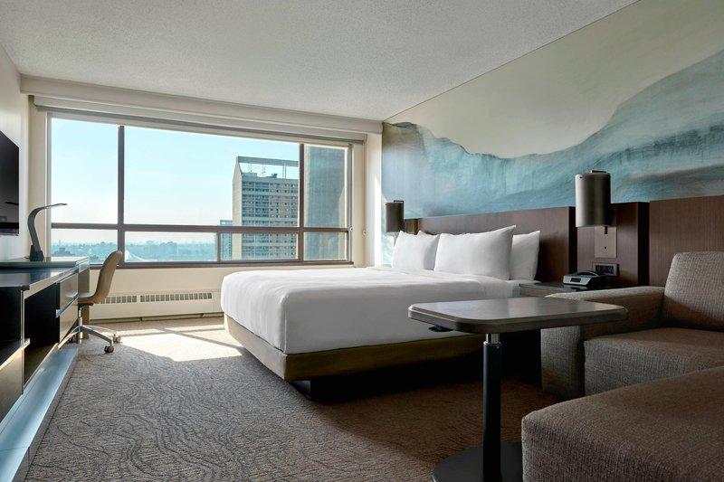 Calgary Marriott Downtown Hotel-King Guest Room Work Desk<br/>Image from Leonardo
