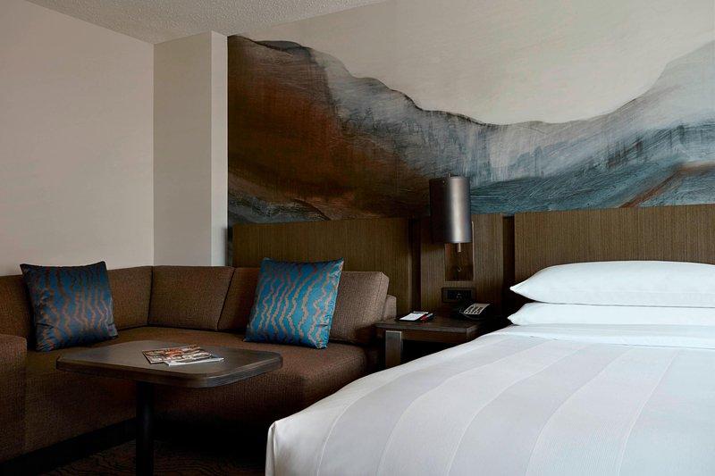 Calgary Marriott Hotel-Guest Room Sitting Area<br/>Image from Leonardo