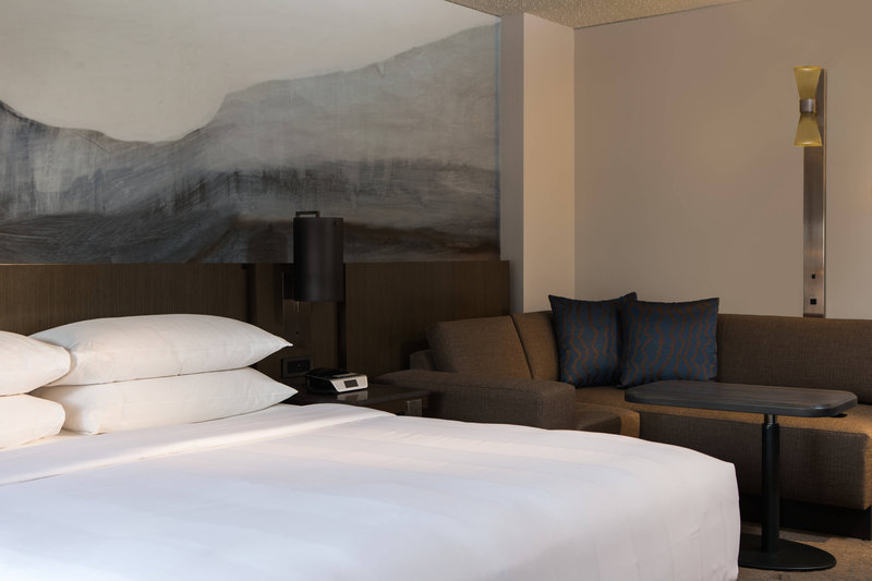 Calgary Marriott Downtown Hotel-King Concierge Sitting Area<br/>Image from Leonardo