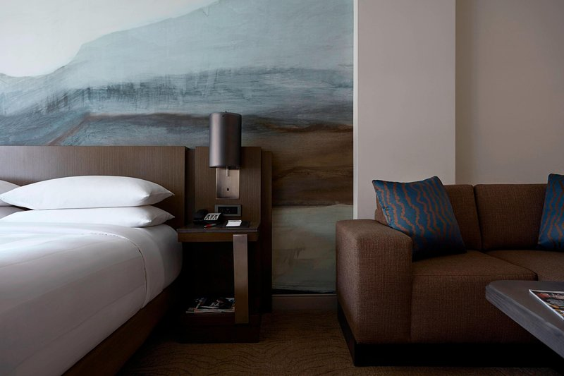 Calgary Marriott Downtown Hotel-Executive King Suite<br/>Image from Leonardo