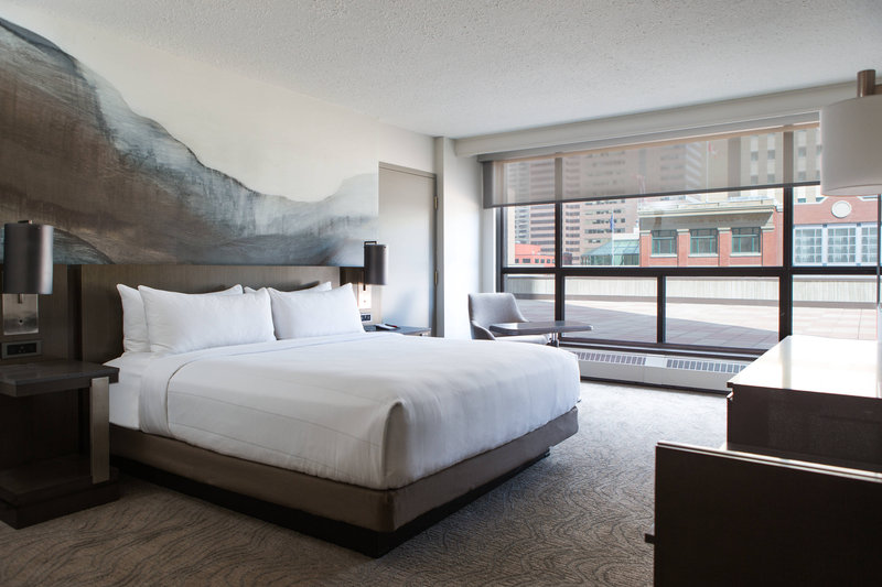 Calgary Marriott Downtown Hotel-King Accessible City View Guest Room<br/>Image from Leonardo
