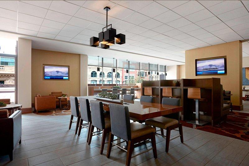 Calgary Marriott Downtown Hotel-M Club Lounge<br/>Image from Leonardo