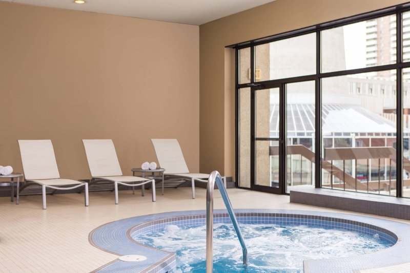 Calgary Marriott Downtown Hotel-Whirlpool<br/>Image from Leonardo
