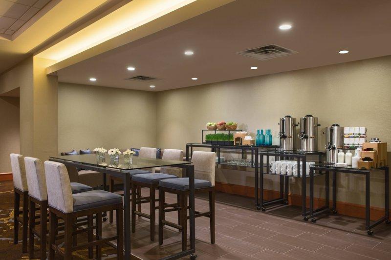 Calgary Marriott Hotel-Mount Royal Meeting Room - Coffee Break<br/>Image from Leonardo