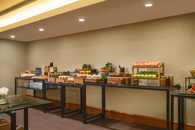 Calgary Marriott Hotel-Mount Royal Meeting Room – Catered Lunch Buffet<br/>Image from Leonardo