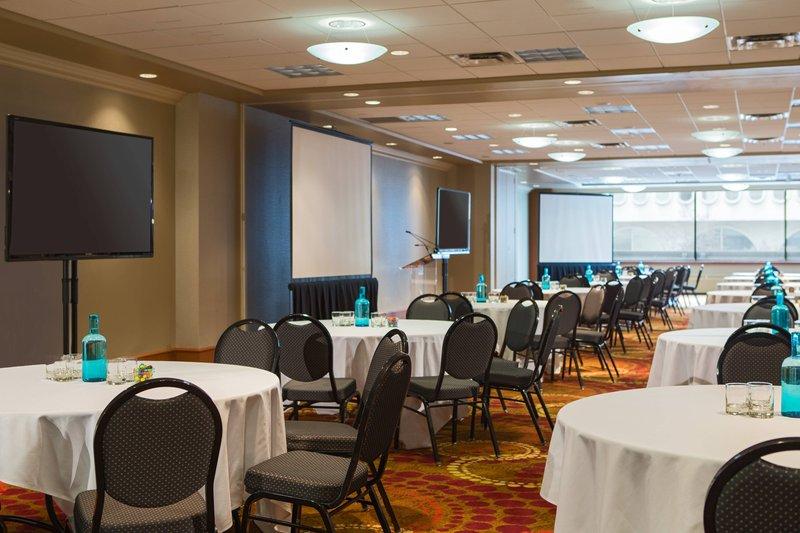 Calgary Marriott Hotel-Kensington Ballroom<br/>Image from Leonardo
