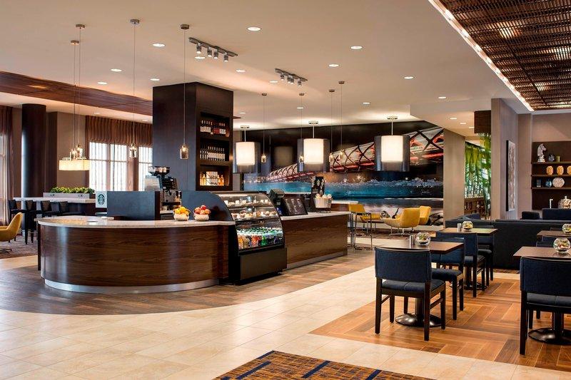 Courtyard Calgary South-Lobby Bistro & C Bar<br/>Image from Leonardo