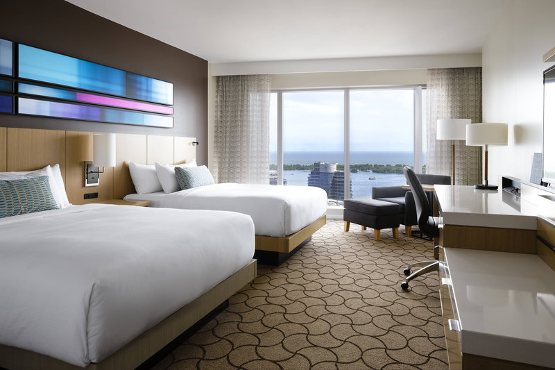 Delta Hotels by Marriott Toronto-Queen/Queen Lake View Club Guest Room<br/>Image from Leonardo