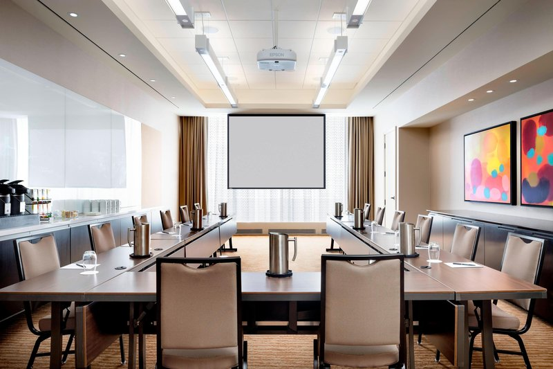Delta Hotels by Marriott Toronto-Rosedale Meeting Room - U-Shape Setup<br/>Image from Leonardo