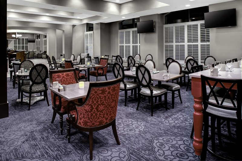 Holiday Inn Savannah Historic District-Enjoy a great meal at our on-site restaurant, Bistro 520<br/>Image from Leonardo