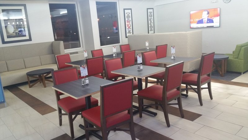 Holiday Inn Express Daytona Beach - Speedway-Breakfast Dining<br/>Image from Leonardo