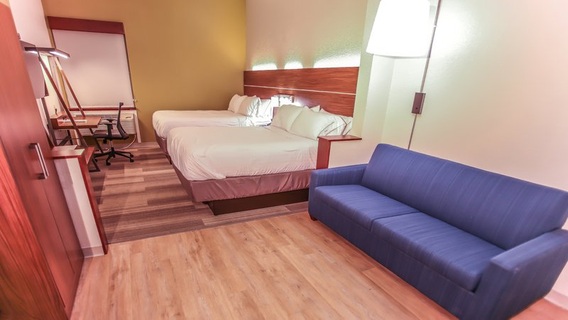 Holiday Inn Express Daytona Beach - Speedway-Queen Bed Guest Room<br/>Image from Leonardo