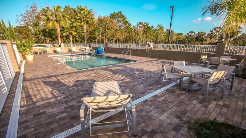 Holiday Inn Express Daytona Beach - Speedway-Swimming Pool<br/>Image from Leonardo