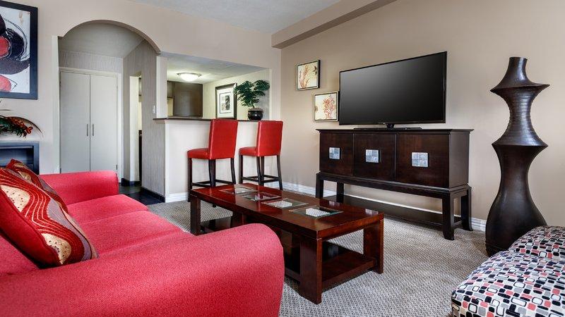 Holiday Inn Resort Galveston-On The Beach-Penthouse Living Room<br/>Image from Leonardo