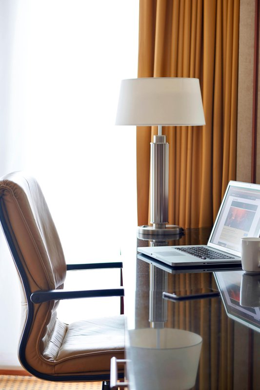 Ghent Marriott Hotel-Work Desk<br/>Image from Leonardo