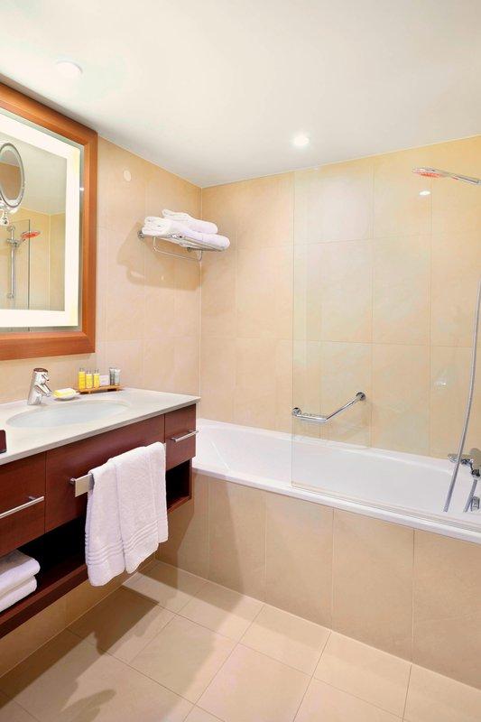 Ghent Marriott Hotel-Guest Room Bathroom<br/>Image from Leonardo