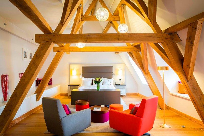 Ghent Marriott Hotel-Honeymoon Suite<br/>Image from Leonardo