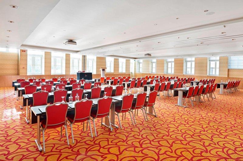 Ghent Marriott Hotel-Korenlei Meeting Room<br/>Image from Leonardo
