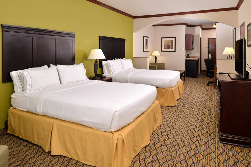 Holiday Inn Express & Suites Sherman HWY 75-Suite<br/>Image from Leonardo