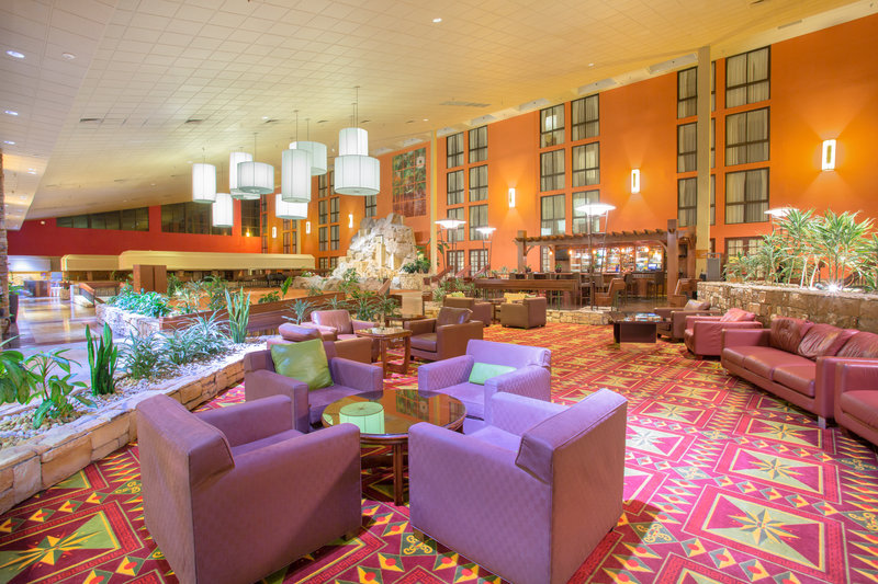 Crowne Plaza Denver Airport Convention Center-Bar and Lounge<br/>Image from Leonardo