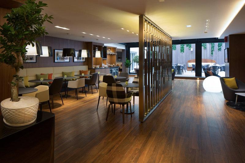 Skopje Marriott Hotel-Executive lounge<br/>Image from Leonardo