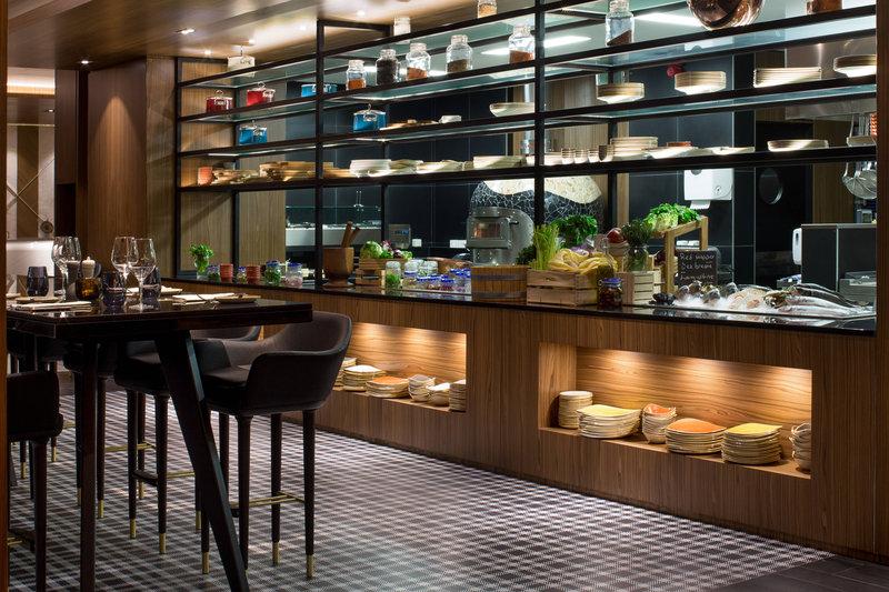 Skopje Marriott Hotel-Distrikt Bar & Kitchen<br/>Image from Leonardo