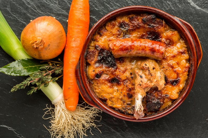 Courtyard Toulouse Airport-Kitchen and Bar at Courtyard - Cassoulet<br/>Image from Leonardo