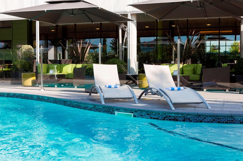 Courtyard Toulouse Airport-Outdoor Pool<br/>Image from Leonardo