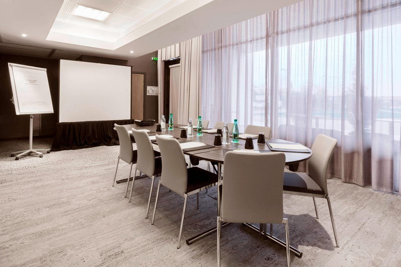 Courtyard Toulouse Airport-Pic d'Anie Meeting Room Meeting Room - Conference Setup<br/>Image from Leonardo