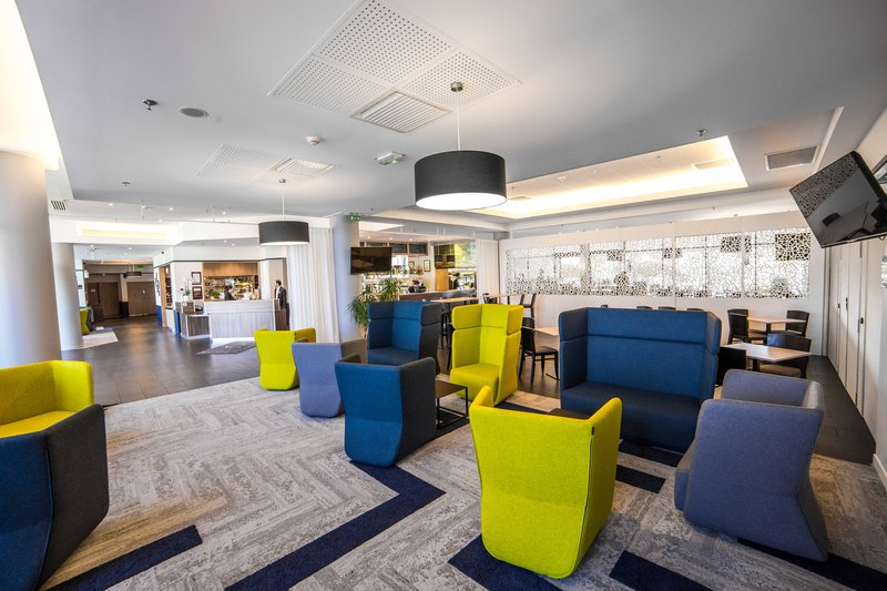 Courtyard Toulouse Airport-Lobby Sitting Area<br/>Image from Leonardo