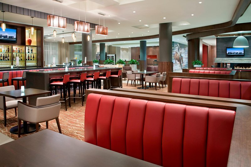Courtyard Calgary Airport-Barlow Bistro & Bar<br/>Image from Leonardo