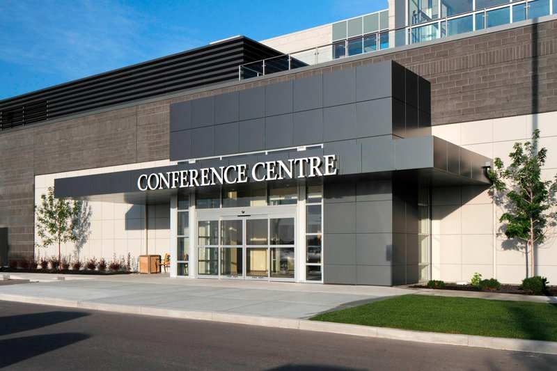 Courtyard Calgary Airport-Conference Centre Entrance<br/>Image from Leonardo