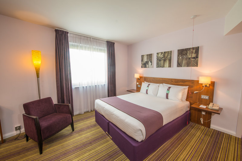 Holiday Inn Norwich City-Accessible Double Room<br/>Image from Leonardo