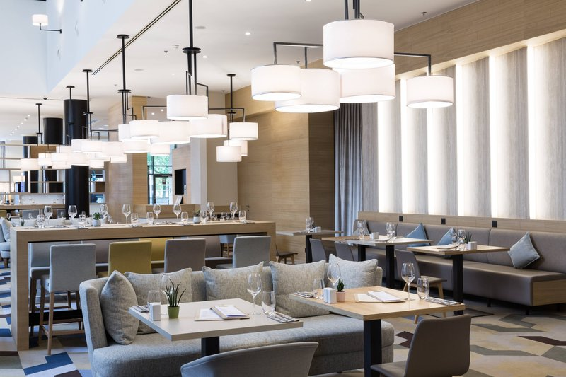 Courtyard Brussels-Courtyard Lounge & Dining<br/>Image from Leonardo