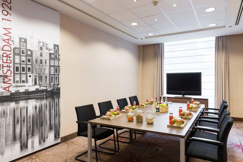 Courtyard Brussels-Amsterdam Meeting Room<br/>Image from Leonardo