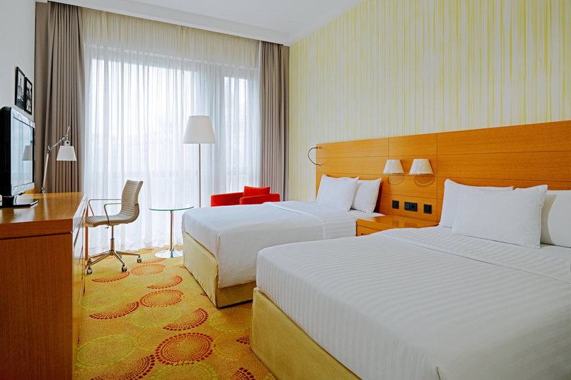 Courtyard Budapest City Center-Deluxe Double/Double Guest Room<br/>Image from Leonardo