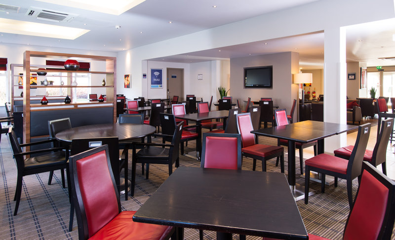 Holiday Inn Express Stoke On Trent-Meet up with friends for a catch up in the hotel's lounge<br/>Image from Leonardo