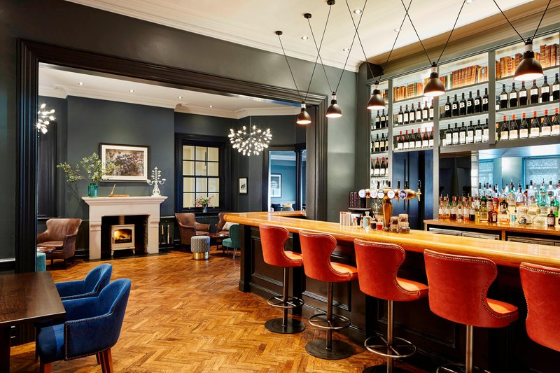 Bournemouth Highcliff Marriott Hotel-Brasserie Blanc Bar<br/>Image from Leonardo