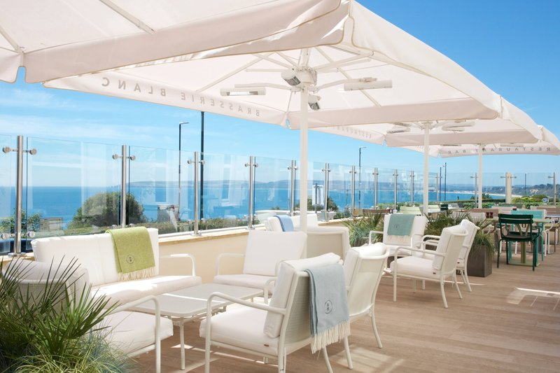 Bournemouth Highcliff Marriott Hotel-Brasserie Blanc - Terrace<br/>Image from Leonardo