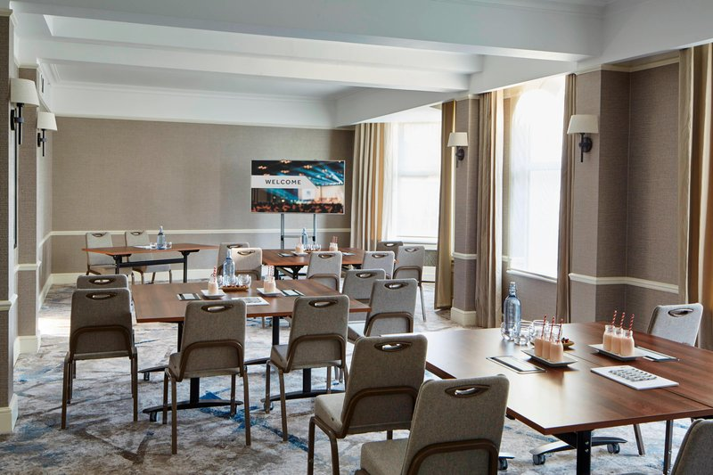 Bournemouth Highcliff Marriott Hotel-Shaftesbury Suite - Cabaret Style<br/>Image from Leonardo