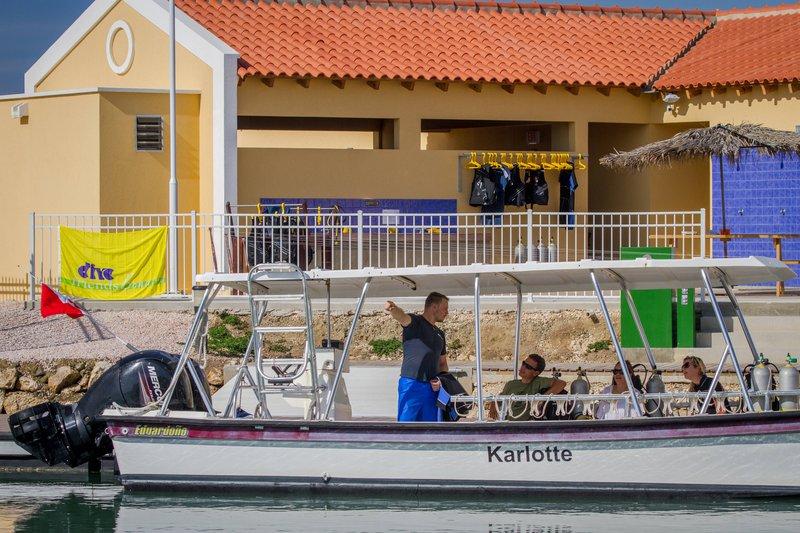 Courtyard Bonaire Dive Resort-Dive Sites<br/>Image from Leonardo