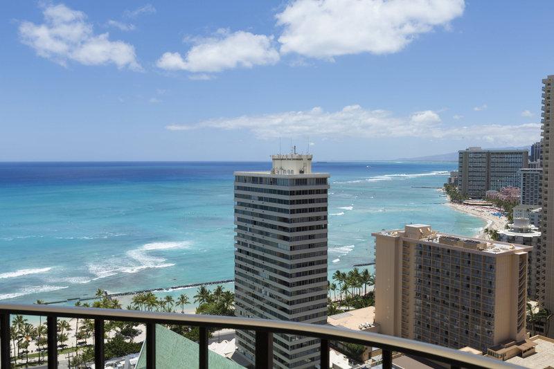 Waikiki Beach Marriott Resort  - Junior Suite Ocean View <br/>Image from Leonardo