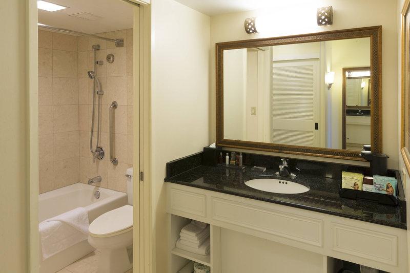 Waikiki Beach Marriott Resort  - Junior Suite Bathroom <br/>Image from Leonardo