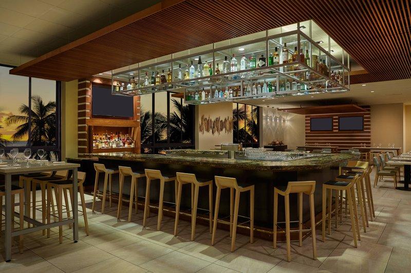 Waikiki Beach Marriott Resort  - Kuhio Beach Grill <br/>Image from Leonardo