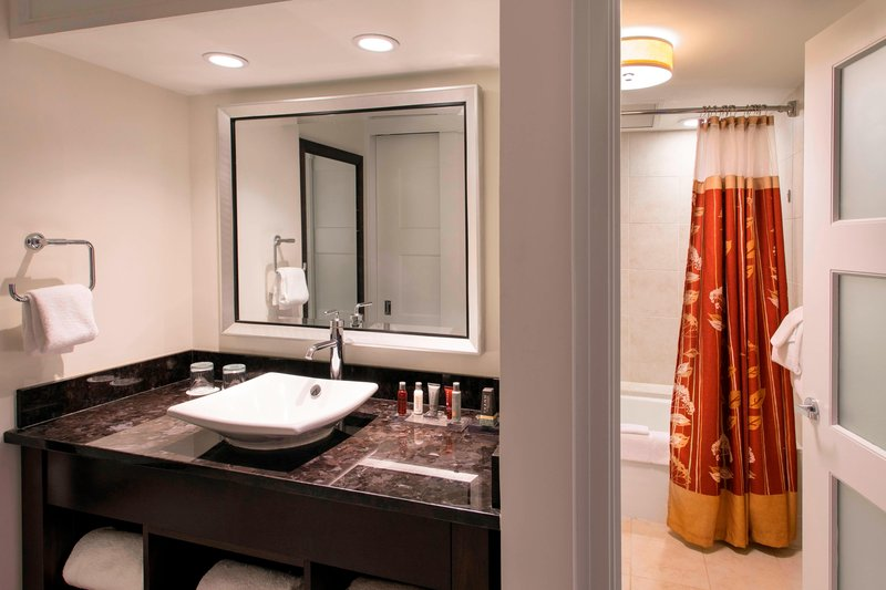Kauai Marriott Resort-Deluxe Ocean View Guest Bathroom<br/>Image from Leonardo